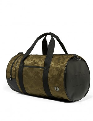 CAMO BARREL BAG